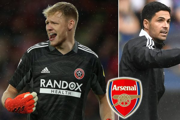 Arsenal are still in talks to sign Sheffield United goalkeeper Aaron Ramsdale.
